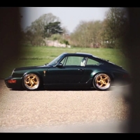 This slammed Porsche 964 is automotive porn
