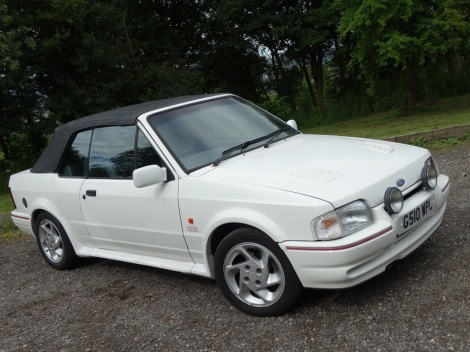 Tried & Tested (Escort Cabriolet) Pic 04