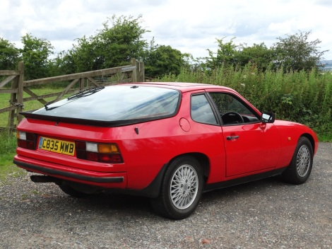 Tried & Tested (Porsche 924) Pic 08