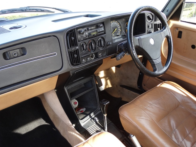 Tried & Tested (Saab 900 Turbo) Pic 08