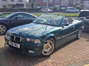 goodshoutmedia-bmw-e36-m3-convertible-evolution-3.2-green_0000_Layer 12