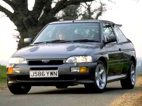 goodshoutmedia-1992-ford-escort-rs-cosworth.jpg