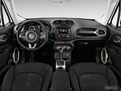 goodshoutmedia-jeep-renegade-inside.jpg