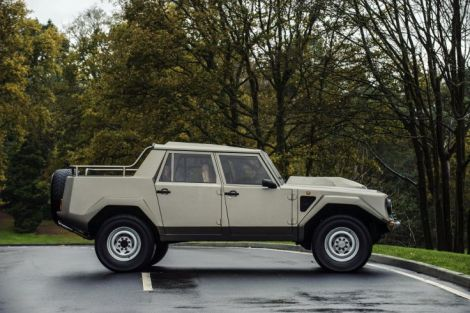 goodshoutmedia-lamborghini-countach-lm002-hunter-thompson-6