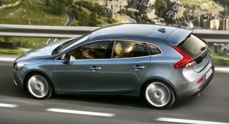 goodshoutmedia-volvo-v40-hatchback