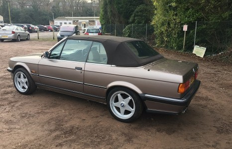 goodshoutmedia-swva-classic-auction-january-bmw-e30-cabriolet