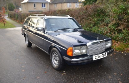 goodshoutmedia-swva-classic-auction-january-mercedes-w123-230-estate