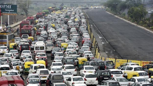 traffic-jam_55ea5dbe-55a6-11e7-9966-951b4a7c425b.jpg