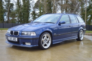 goodshoutmedia-bmw-e36-m3-touring-estate_0008_Layer 3
