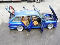 BMW-E30-M3-Touring-5