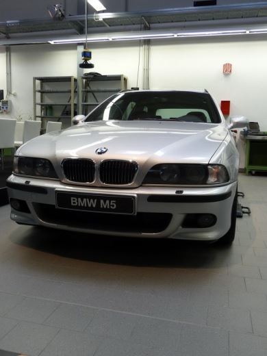 goodshoutmedia-bmw-e39-m5-touring-prototype-7