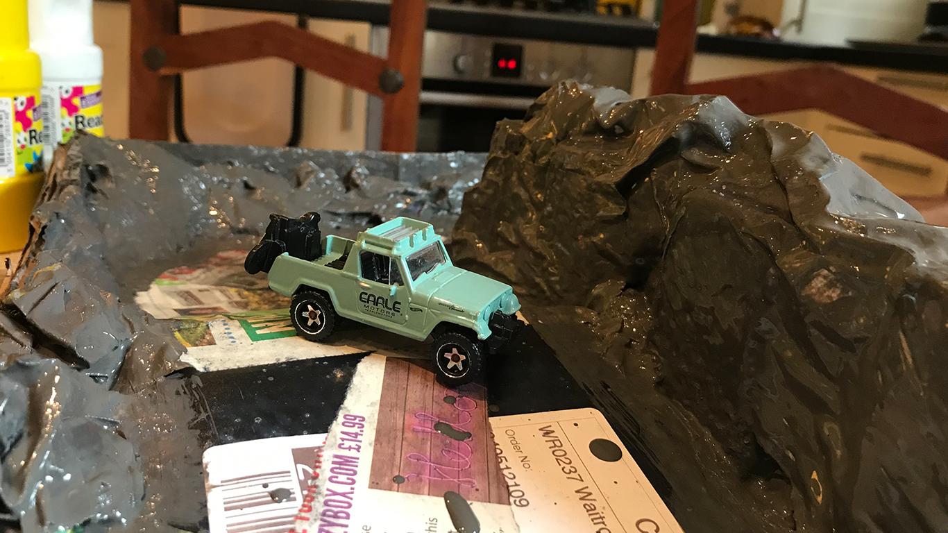 Paper-Mache-Jurassic-Park-Hotwheels_0000s_0019_IMG-1371